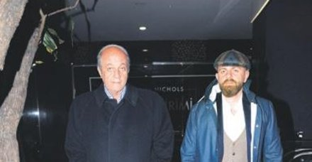 Tuncay Özilhan, oğlu İzzet Özilhan ile Kanyon'daydı