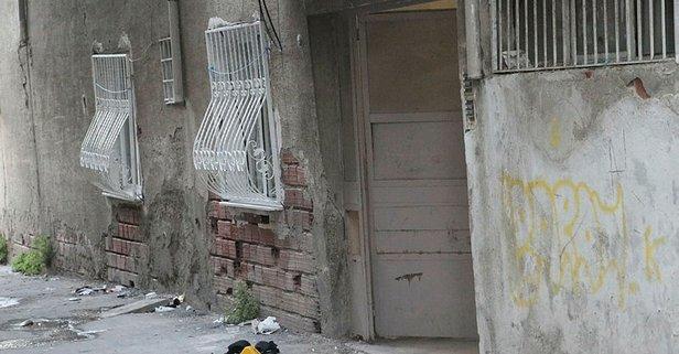 İzmir'de sır olay! Bina girişinde yaralı halde bulunmuştu...