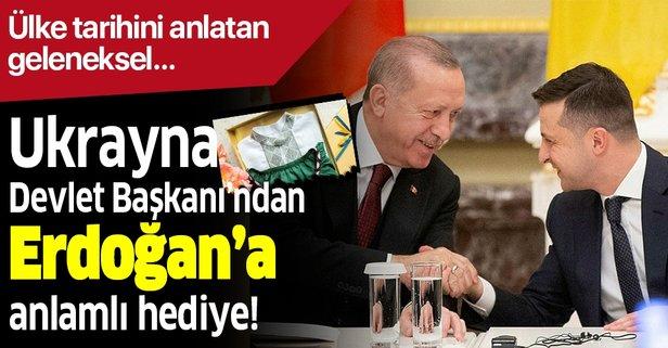 Başkan Erdoğan'a anlamlı hediye!