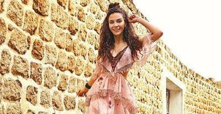 'Hercai'nin yıldızı Ebru Şahin, 'Şuursuz Aşk' filminin çekimlerine başladı