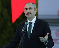 Yargı Türk milletine sırtını dönemez