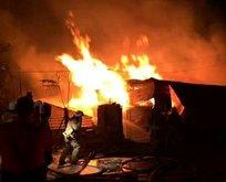 İstanbul'da korkutan yangın! Alev alev yanıyor