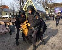 Rusya'da muhaliflere sert müdahale