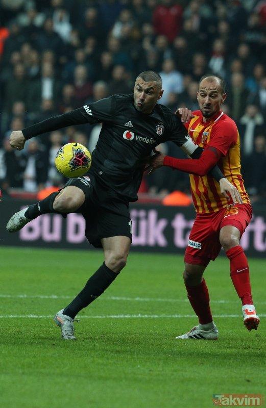 Beşiktaş - Kayserispor maçında büyük tartışma! Top çizgiyi geçti mi?