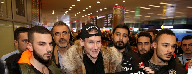 Beşiktaşın yeni transferi Vida İstanbulda