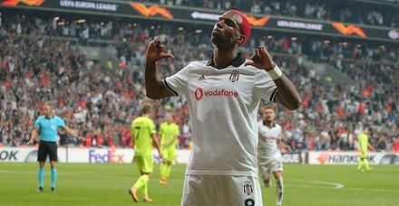 Beşiktaştan Babel'e zamlı sözleşme