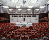 4 partiden Fransa Senatosu'na kınama