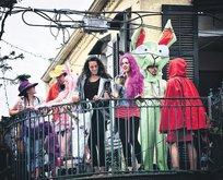 Balkon partisi!