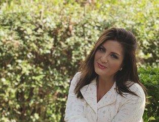 Sibel Can'ın bornozlu paylaşımı sosyal medyayı salladı: Kadın mükemmelliğinden hiç ödün vermiyor...