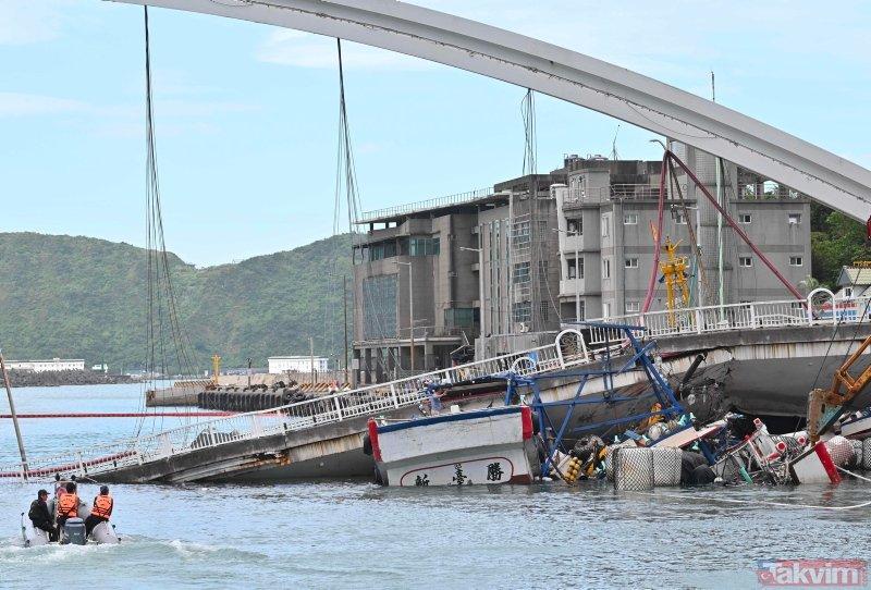Tayvan'da NanfangaoKöprüsü çöktü! Ülke şoka girdi
