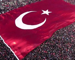 İstanbul'da Cumhur İttifakı'nın Yenikapı'daki mitinginde tarihi kareler