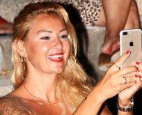 Pınar Altuğ mayolu fotoğrafıyla hayrete düşürdü!