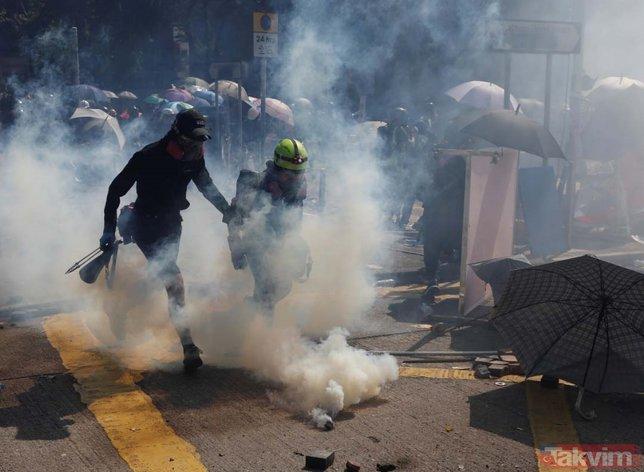 Hong Kong yine karıştı!