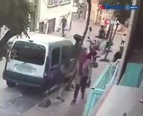 Önce kameraya ardından polise yakalandı