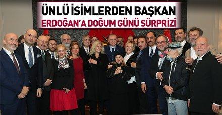 Başkan Erdoğan'a sanatçılardan doğum günü sürprizi