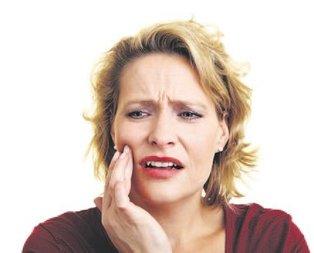 Menopoz dişlerin de düşmanı