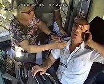 Şoför Benden bu kadar deyip otobüsü sağa çekti