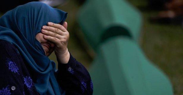 Kabine üyeleri 'Srebrenitsa' kurbanlarını andı