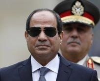 Darbeci Sisi'ye karşı sokağa çıkma çağrısı!