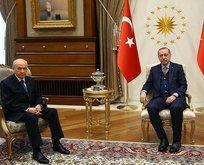 AK Parti'nin ittifak komisyonu üyeleri belli oldu