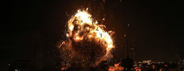 İsrail jetleri El Aksa televizyonunu vurdu
