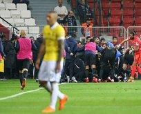 Fenerbahçe'nin belalısı Akhisarspor!