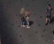 Taksim Meydanında fuhuş pazarlığı