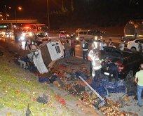 İstanbul'da feci kaza! Tonlarca sebze yola saçıldı