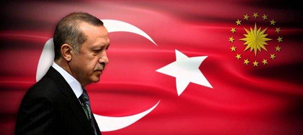 Erdoğan Türk bayrağını da bunlardan kurtarmıştı