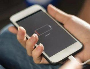 Bataryayı su gibi tüketiyor! Telefon şarjını en çabuk biteren uygulamalar