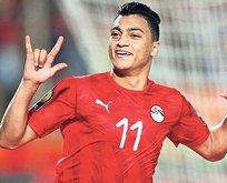Galatasaray'da Diagne İngiltere'ye 2 yeni transfer kulübeye: Mostafa Mohamed ve DeAndre Yedlin tamam