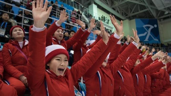 Kuzey Koreli ponpon kızlar nasıl seçiliyor?