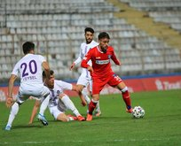 Adana Demirspor ezdi geçti