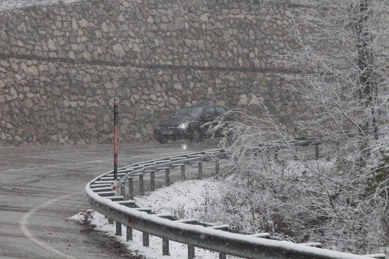 Beklenen kar Kırklareli'nden giriş yaptı