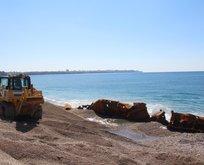 Dünyaca ünlü plajımızda batan gemi çıkarıldı