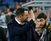 'Trabzonspor'un bir neferi olmaya devam edeceğim'