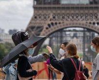 Fransa'da son 24 saatte 32 bin 340 yeni vaka