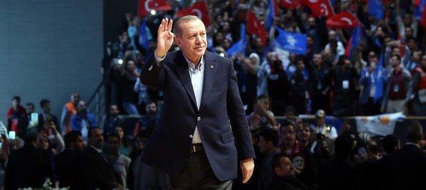 Erdoğan: Biz bu yola koltuk değil hizmet sevdasıyla çıktık