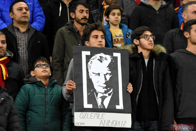 Galatasaray Kayseri'den 3 puanla çıktı! (MS: Kayserispor 0-3 Galatasaray)