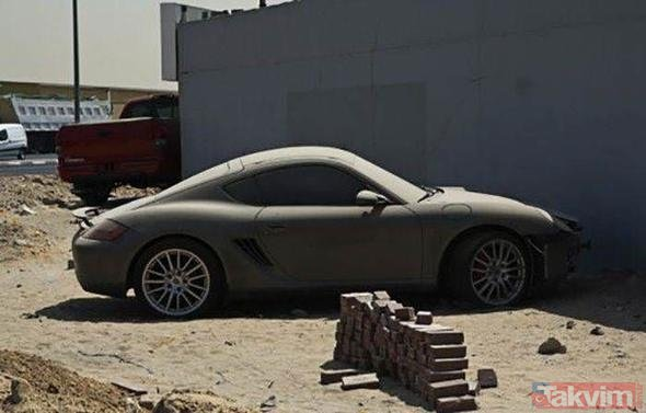 Dubai sokaklarında kaderine terk edilmiş lüks otomobiller