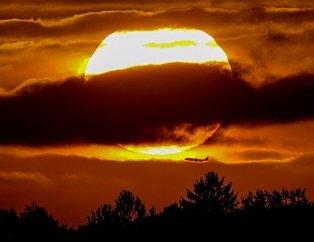 Dünyaya 1.6 milyon km hızla yaklaşıyor! Dev güneş fırtınası: İnternet kıyameti, cep telefonu, TV, elektrik şebekeleri...