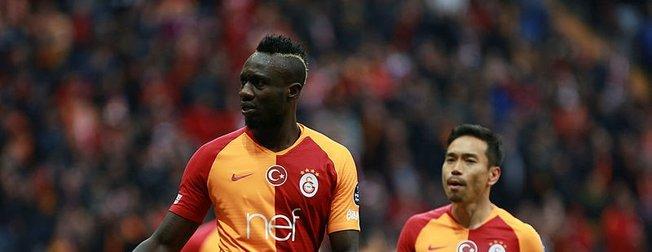 Galatasaray'ın yıldızı Diagne'nin eşini görenler şaşkına döndü! Sır gibi saklanıyordu ama...