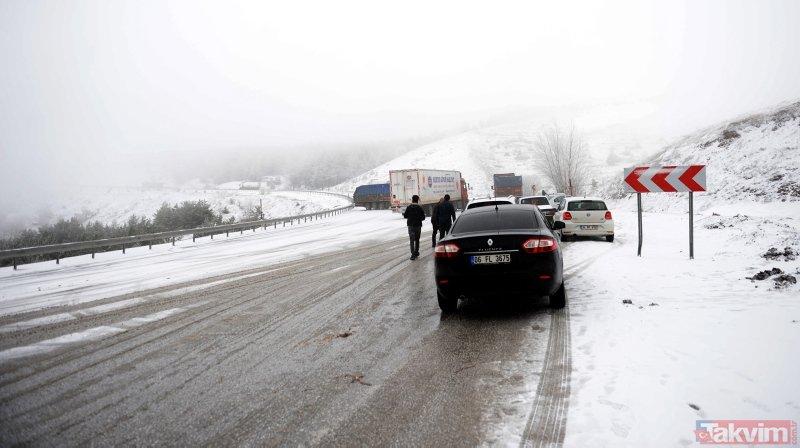 Tokat'ta Nisan ayında yağan kar hayatı olumsuz etkiledi