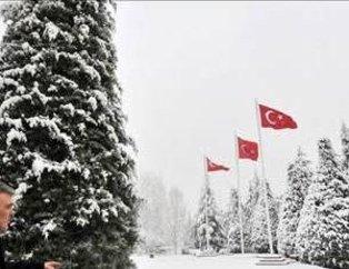 Cumnurbaşkanı Gül'ün kar keyfi
