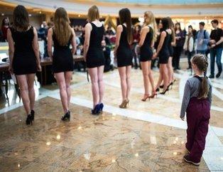 Moskova'da güzellik yarışması seçmelerinden ilginç kareler