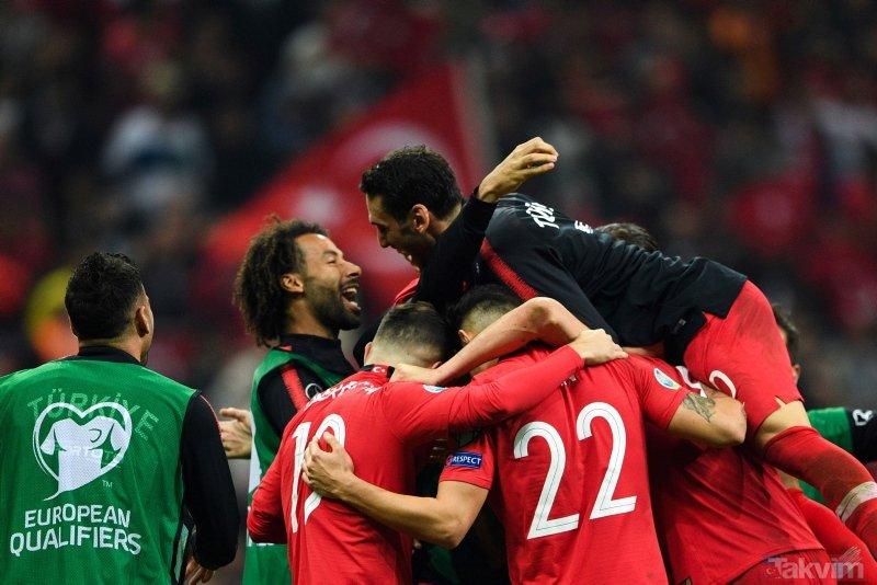 Türkiye-İzlanda maçı sonrası muhteşem görüntüler! A Milli Takım EURO 2020'de