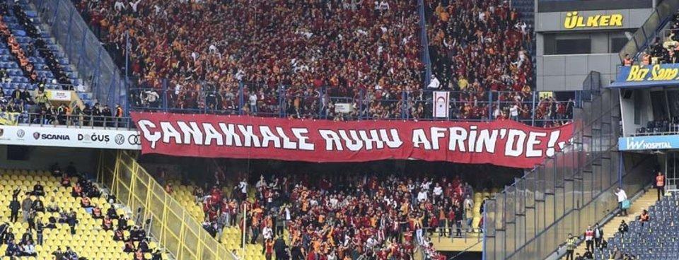 Galatasaray taraftarından anlamlı mesaj!