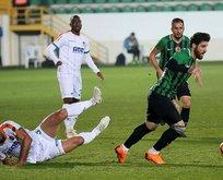 Akhisarspor Alanyaspor engelini 3 golle geçti