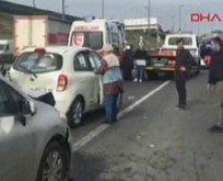 Haliç köprü çıkışında trafiği kilitleyen kaza!