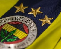 Fenerbahçe'de iki isimle yollar ayrıldı